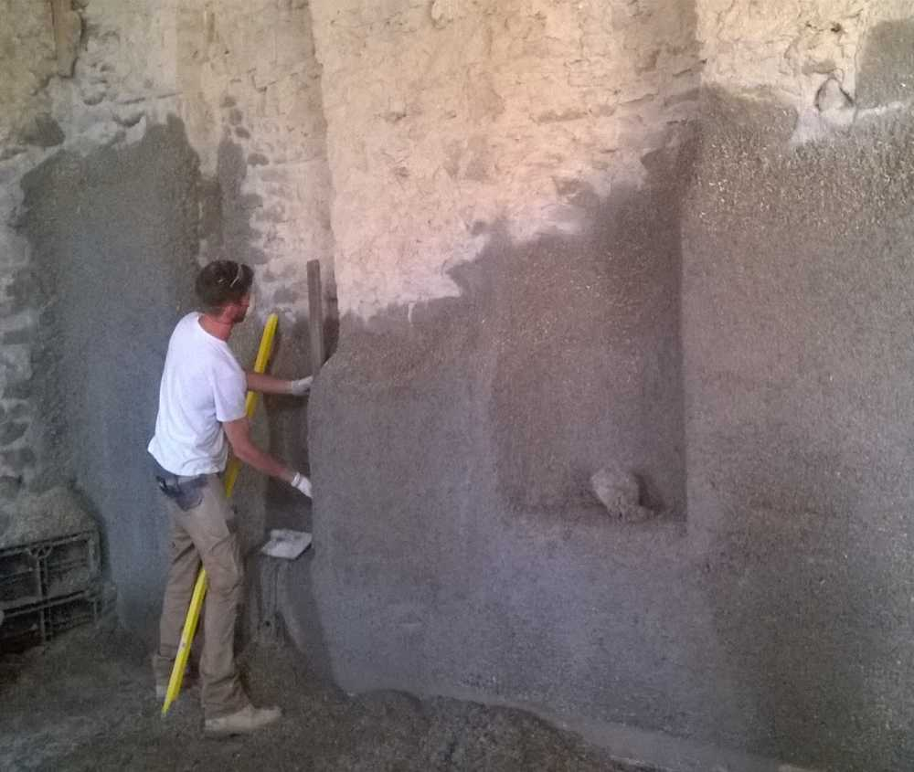 Hempcrete sprayed onto chapel alcoves