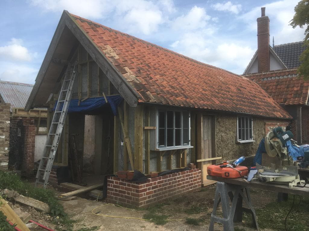Timber frame and hempcrete to replace clay lump